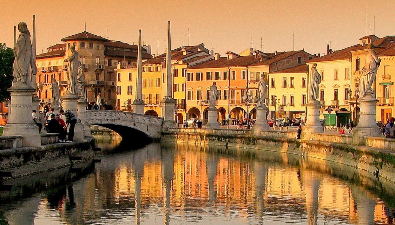Veneto designer outlet - Noventa (22 km)